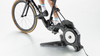 Велотренажер Garmin Tacx FLUX S Smart Trainer